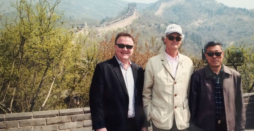 New7Wonders Founder-President Bernard Weber (centre), New7Wonders Director Jean-Paul de la Fuente (left) and the Chairman of the China Great Wall Society Dong Yaohui (right) at the Great Wall during the official visit.